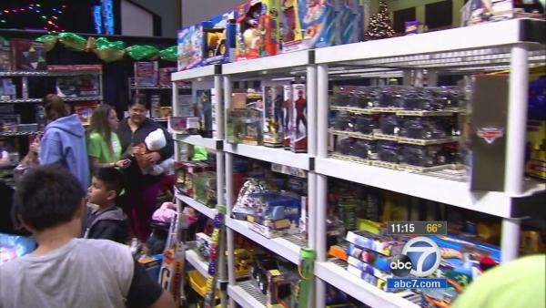 San Dimas church donates toys to families