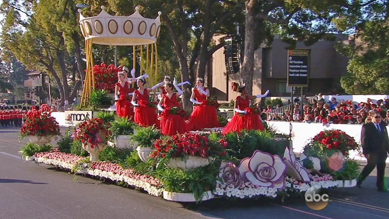 The 2014 Rose Court waves to the crowd in Pasadena on Wednesday, Jan. 1, 2014.