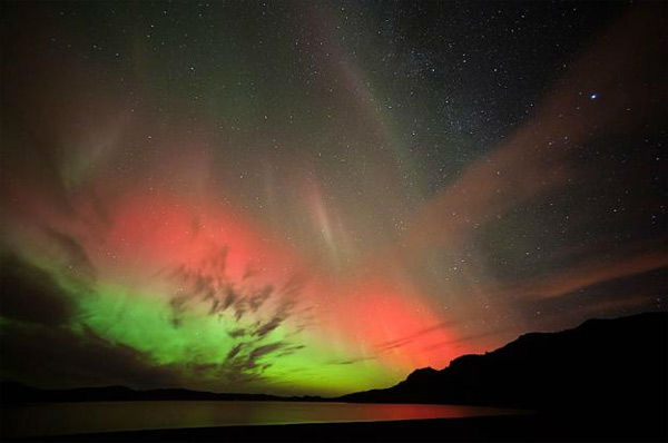 Christian Praetorius took this photo of the aurora borealis from Lake Kleifarvatn, Hafnarfj?rdur, Iceland, on Oct. 24, 2011. <span class=meta>(Photo&#47;spaceweather.com&#47;Christian Praetorius)</span>