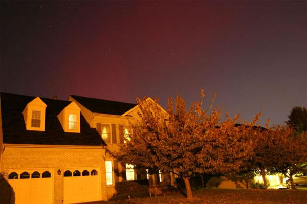 Kaidi took this photo of the aurora borealis from Potomac, Maryland, on Oct. 24, 2011. <span class=meta>(Photo&#47;spaceweather.com&#47;Kaidi)</span>