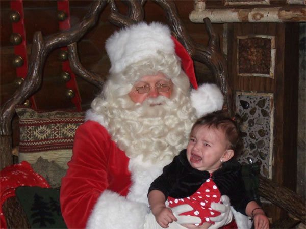 ABC7 viewer Karla Saucedo posted this photo to the ABC7 Facebook wall of her daughter, Alanis, with Santa Claus.  Post your own photo, and don&#39;t forget to tag yourself. Your photo may be used on Eyewitness News! <span class=meta>(KABC Photo&#47; ABC7 viewer Karla Saucedo)</span>