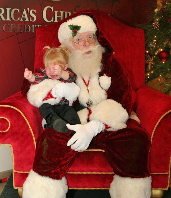 ABC7 viewer Janette Brown posted this photo to the ABC7 Facebook wall of her daughter, Natalia, with Santa Claus.   Post your own photo, and don&#39;t forget to tag yourself. Your photo may be used on Eyewitness News! <span class=meta>(KABC Photo&#47; ABC7 viewer Janette Brown)</span>
