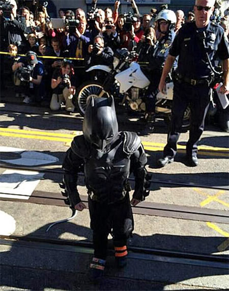 Batkid arrives at San Francisco&#39;s AT&#38;T Park to rescue Lou Seal from the Penguin on Friday, Nov. 15, 2013. <span class=meta>(KGO-TV)</span>