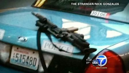 The Seattle Police Department is embarrassed after officers left an automatic assault rifle on top of a squad car.