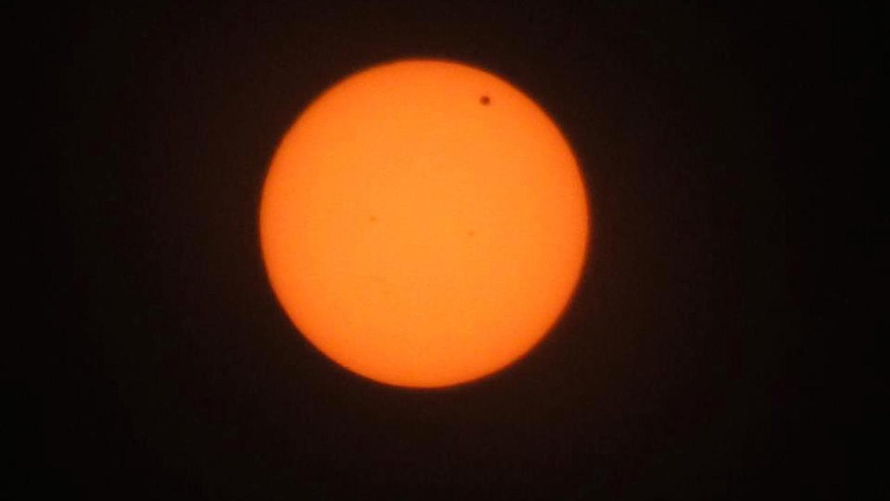 Transit of Venus photo <span class=meta>(ABC7 viewer Fayerhuzzhel McKinnon)</span>