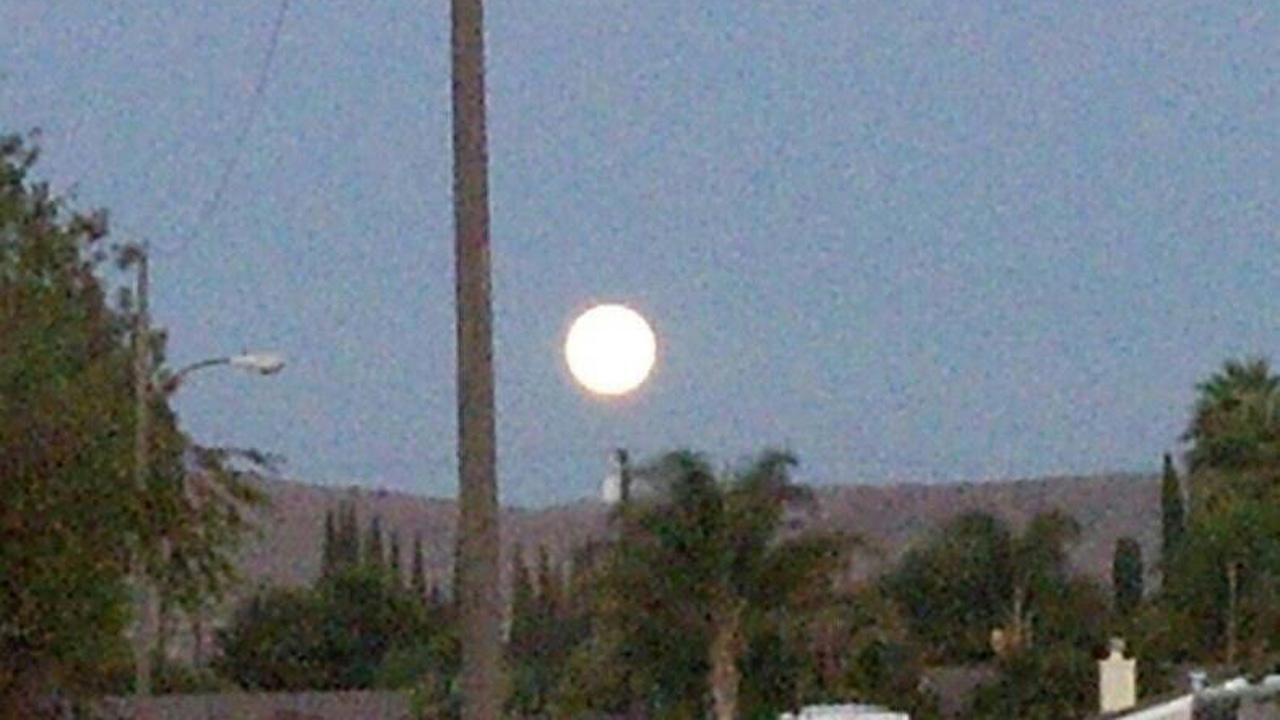 ABC7 viewer Kristina Akridge sent us this photo of the blue moon in Simi Valley. <span class=meta>(ABC7 viewer Kristina Akridge)</span>