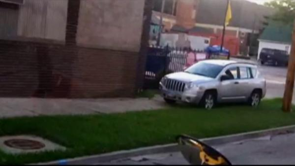 Ohio mom drives on sidewalk to pass bus
