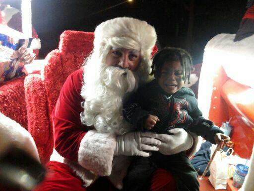 ABC7 viewer Monique Workman posted this photo to the ABC7 Facebook wall of his daughter Madeline with Santa.  Post your own photo, and don&#39;t forget to tag yourself. Your photo may be used on Eyewitness News! <span class=meta>(KABC Photo&#47; ABC7 viewer Monique Workman)</span>