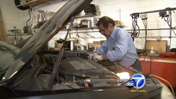 How to avoid overpaying for car repairs