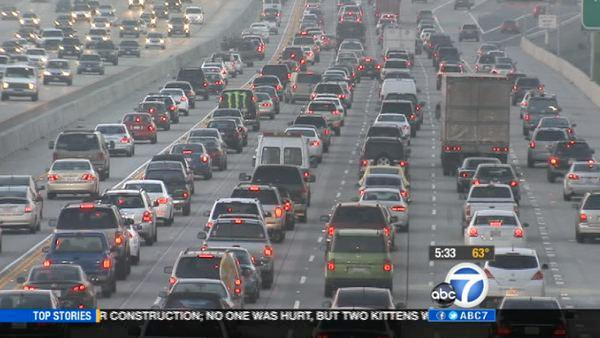 SoCal gas prices not affecting holiday travel
