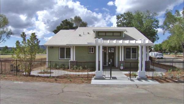 SoCal Edison unveils model 'green' home