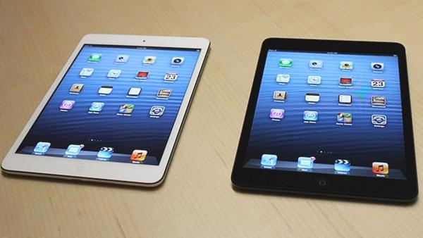 Apple's iPad Mini debuts to subdued fanfare