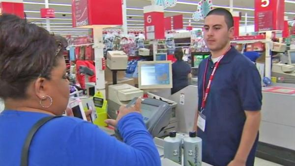 Shoppers line up for Thanksgiving Day deals