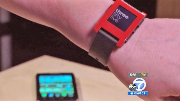 Two smart watch models put to the test
