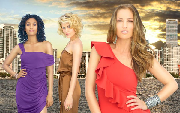 &#39;Charlie&#39;s Angels,&#39; a remake of the 1970s show, which stars Minka Kelly, Annie Ilonzeh and Rachael Taylor, debuts on Sept. 22, 2011 and will air on Thursdays from 8 to 9 p.m.  Everyone deserves a second chance -- even a thief, a street racer and a cop who got in a little too deep. After all, the three women who solve cases for their elusive boss, Charlie Townsend, are no saints. They&#39;re angels... Charlie&#39;s Angels.  <span class=meta>(ABC)</span>