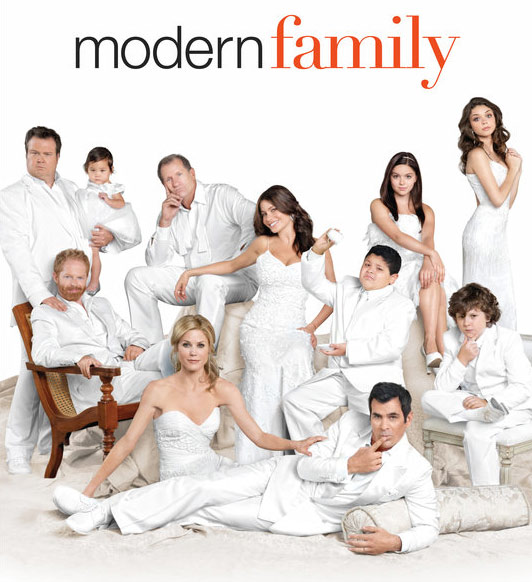 &#39;Modern Family&#39; premieres its third season with a special two-hour episode on Sept. 21, 2011 from 9 to 10 p.m. Following episodes will air on Wednesdays from 9 to 9:30 p.m.  In the Season 3 premiere, the whole family vacations at a ranch in Jackson Hole, Wyo., where Mitch and Cam announce that they want to adopt another baby.  <span class=meta>(ABC)</span>