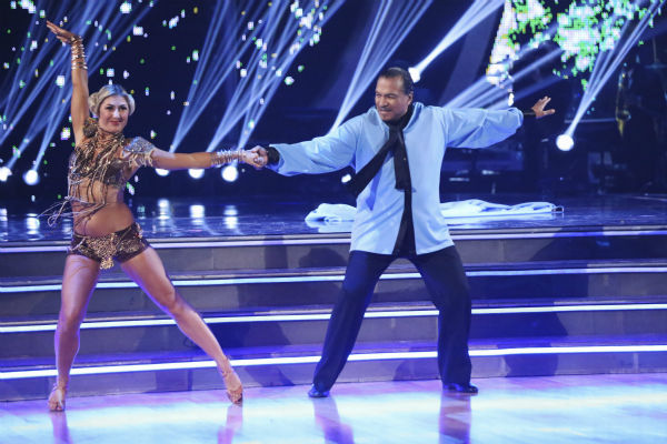 Actor Billy Dee Williams and partner Emma Slater danced the Cha Cha Cha on the season premiere of &#39;Dancing With The Stars&#39; on Monday, March 17, 2014. They received 15 out of 30 points from the judges. <span class=meta>(ABC Photo&#47;Adam Taylor)</span>