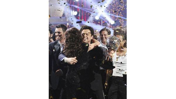 Actor Donny Osmond and partner Kym Johnson won the coveted mirror-ball trophy in Season 9 of 'Dancing With the Stars.'