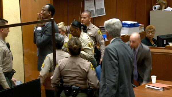 Conrad Murray blows kiss after sentencing