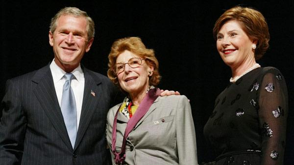 President Bush, left, and first lady Laura Bush, left, pose with painter Helen Frankenthaler, center, from Darien, Conn., during the National Endowment for the Arts National Medal of Arts Awards ceremony in Washington.