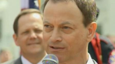 Actor Gary Sinise appears in this undated file photo.