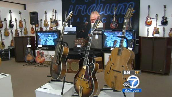 Les Paul auction to feature hundreds of items