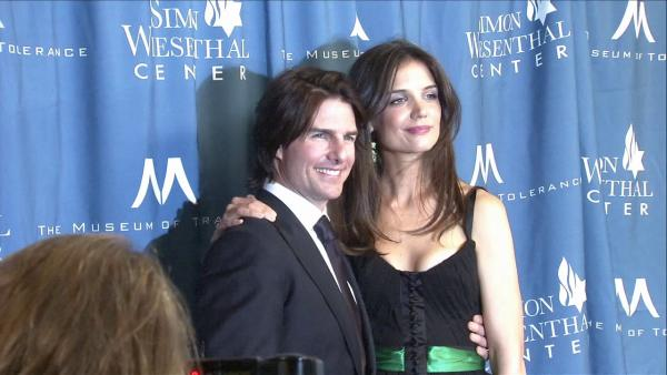 Tom Cruise, Katie Holmes reach settlement