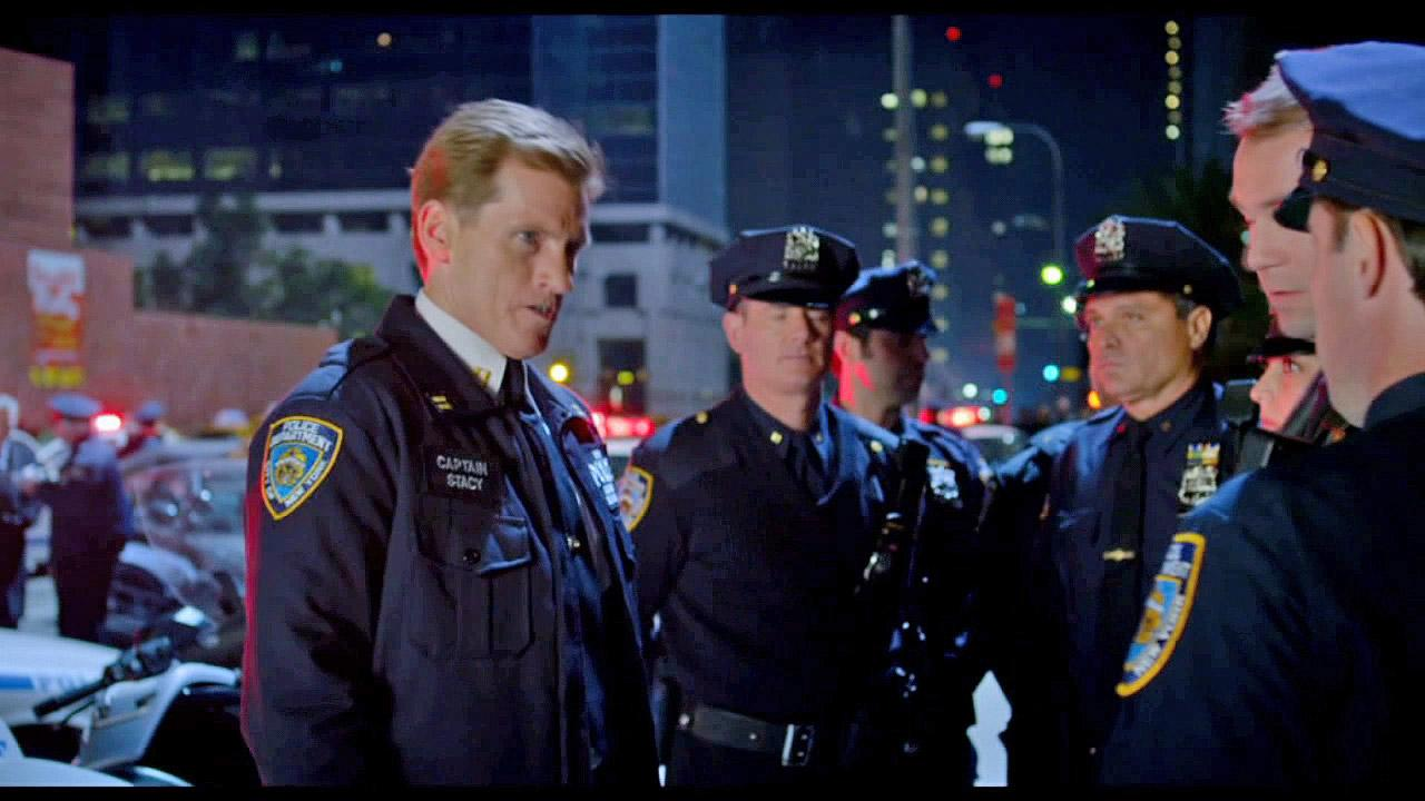 Denis Leary in a scene from the 2012 film The Amazing Spider-Man.