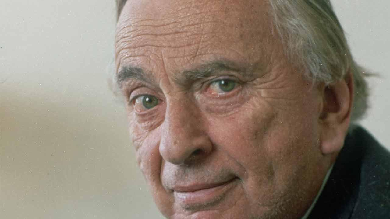 Celebrated author and playwright Gore Vidal, seen here in this 1992 file photo, died Tuesday, July 31, 2012, of complications from pneumonia. He was 86 years old.
