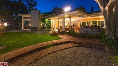 Elvis Presley and his wife Priscillas former Beverly Hills home is shown in this MLS photo on Trulia.com.