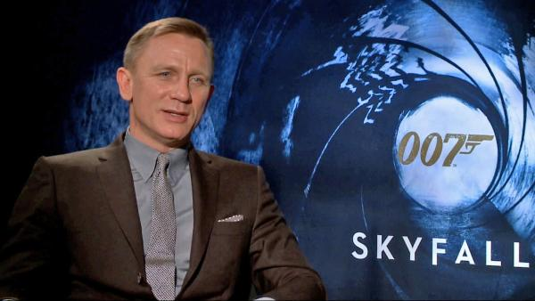 Daniel Craig talks 'Skyfall,' Bond thrills