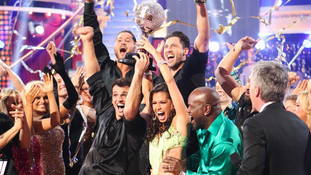 Reality star Melissa Rycroft and her partner Tony Dovolani react to winning on the Dancing With The Stars: All-Stars finale on November 27, 2012. <span class=meta>(Adam Taylor)</span>