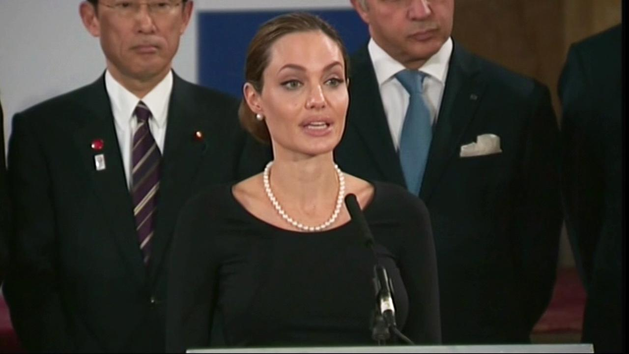 Angelina Jolie talks during a news conference regarding sexual violence against women in conflict, during the G8 Foreign Ministers meeting in London, Thursday, April, 11, 2013.