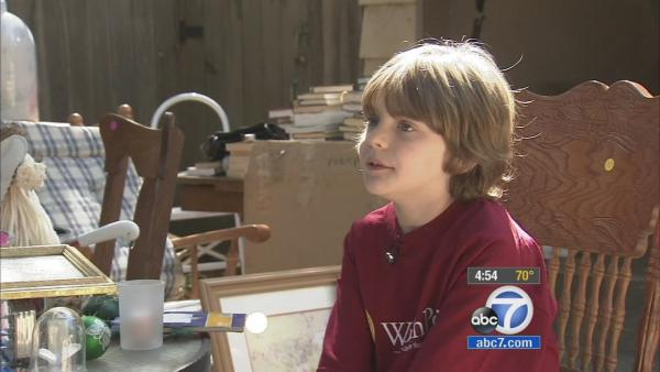 Pasadena boy dubs himself 'Youngest Picker'