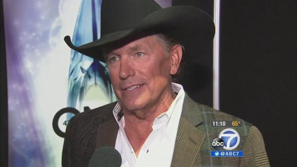 George Strait wins CMA entertainer of year