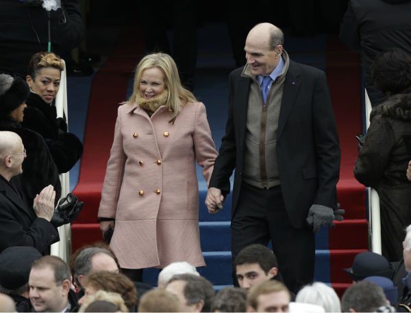 Singer James Taylor arrives and his wife Caroline attend the ceremonial swearing-in of President Barack Obama at the U.S. Capitol during the 57th Presidential Inauguration in Washington on Jan. 21, 2013. <span class=meta>(AP Photo &#47; Pablo Martinez Monsivais)</span>