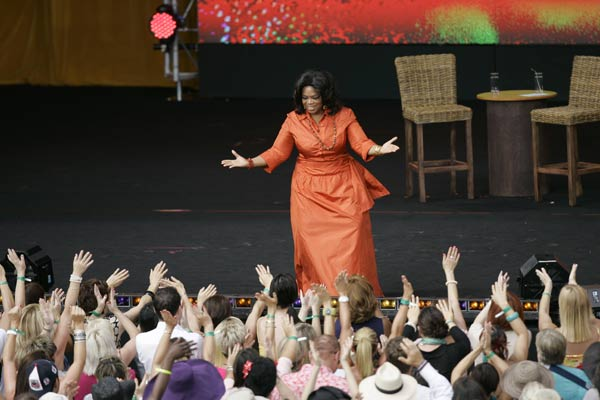 "<div class=""meta ""><span class=""caption-text "">Including the finale on May 25, the total number of episodes of 'The Oprah Winfrey Show' amounts to 4,561.  Photo: Oprah Winfrey is greeted by fans during the filming of 'Oprah's Ultimate Australian Adventure' at the Sydney Opera House in Sydney Dec. 14, 2010.  (AP Photo/Jeremy Piper)</span></div>"
