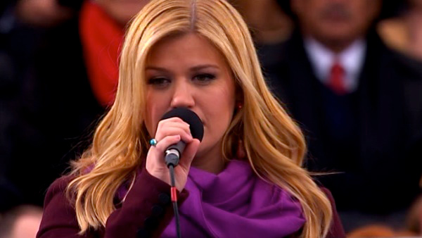 "<div class=""meta ""><span class=""caption-text "">Kelly Clarkson performs 'My Country 'Tis of Thee' at President Barack Obama's ceremonial swearing-in ceremony during the 57th Presidential Inauguration. (KABC-TV)</span></div>"