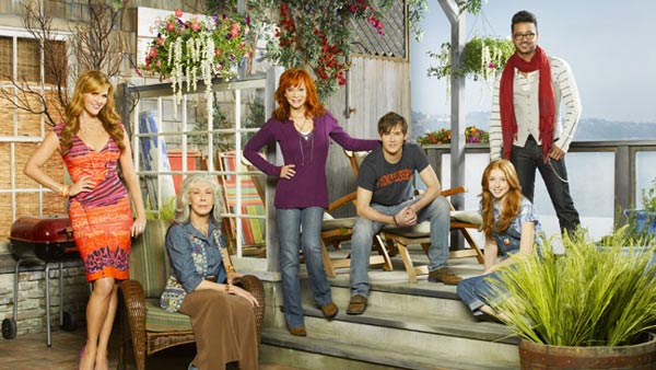 The new comedy series &#39;Malibu Country,&#39; starring Reba McEntire, Lily Tomlin and Sara Rue, will premiere on November 2, 2012 and will air on Fridays from 8:30 to 9 p.m. <span class=meta>(ABC)</span>