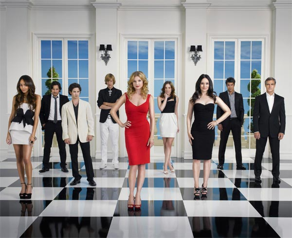 ABC&#39;s drama &#39;Revenge,&#39; starring Emily VanCamp and Madeleine Stowe, returns for a second season on Sept. 30, 2012 and will air on Sundays from 9 to 10 p.m. <span class=meta>(ABC &#47; Bob D&#39;Amico)</span>
