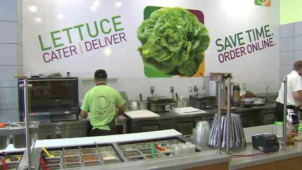 Tossed in downtown Los Angeles serves up meals eco-friendly style.