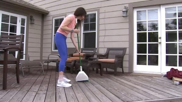 Burn calories by cleaning home, gardening