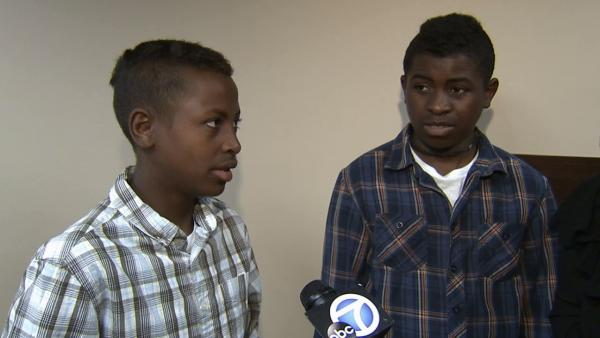 Twin boys get surgery for split hand syndrome