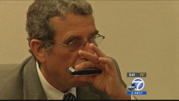 Harmonicas help patients with lung problems