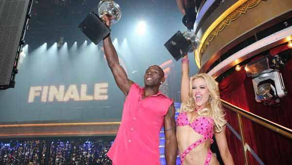 Football star Donald Driver and his partner Peta Murgatroyd react to winning 'Dancing With The Stars.'