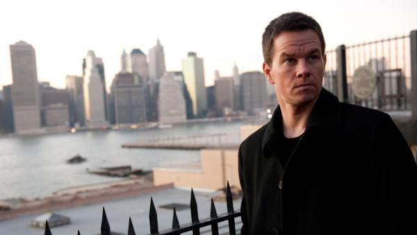 Wahlberg talks role, producing 'Broken City'