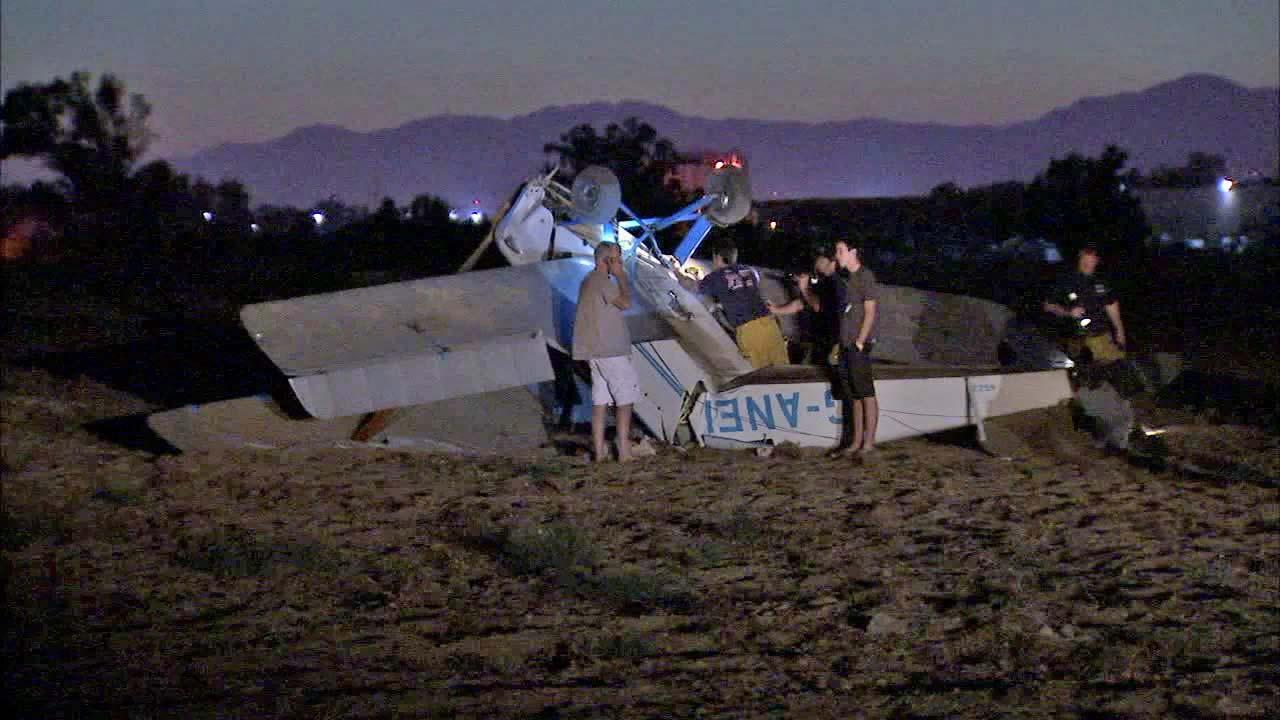 Single-engine plane crash-lands in Fontana