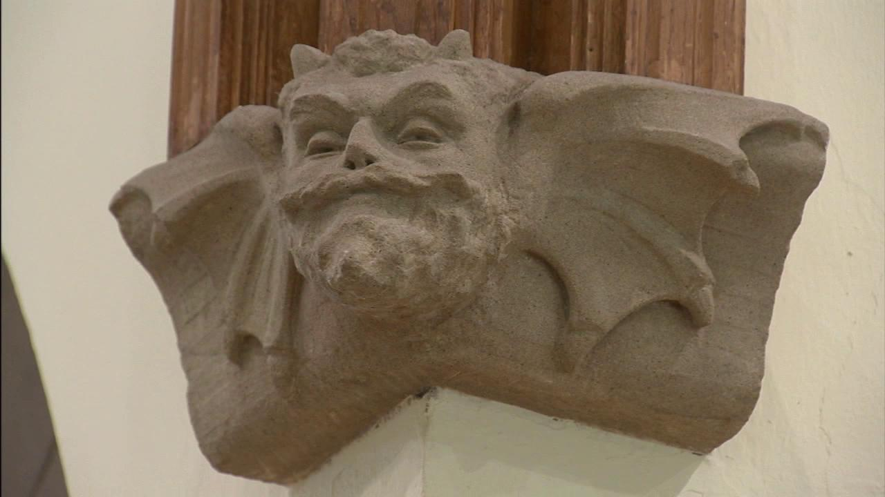 An interesting detail about the library is the carving of the devil placed right in front of the circulation desk. They dont know why it was placed there. Some believe it was put there as a warning to make sure to turn in your books on time.