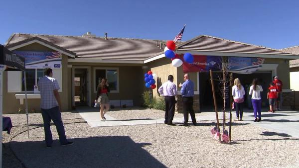 Veteran, family receive new Victorville home