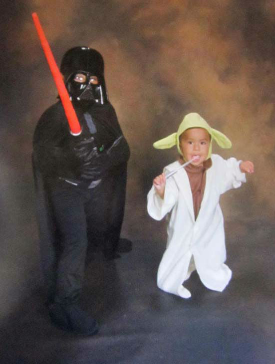 "<div class=""meta ""><span class=""caption-text "">The Force is strong in this one. ABC7 viewer Cielo Salvador Hernandez shared this photo of Joaquin (Darth Vader) and Benjamin (Yoda) with us. Post your Halloween pictures on our ABC7 Facebook page. (KABC Photo/ ABC7 viewer Cielo Salvador Hernandez)</span></div>"